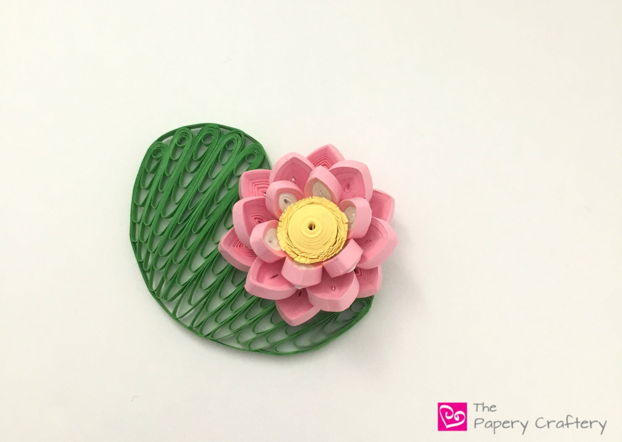 Quilling paper water lilies the papery craftery quilling paper water lilies brush up on your 3d quilling and quilling comb techniques with izmirmasajfo