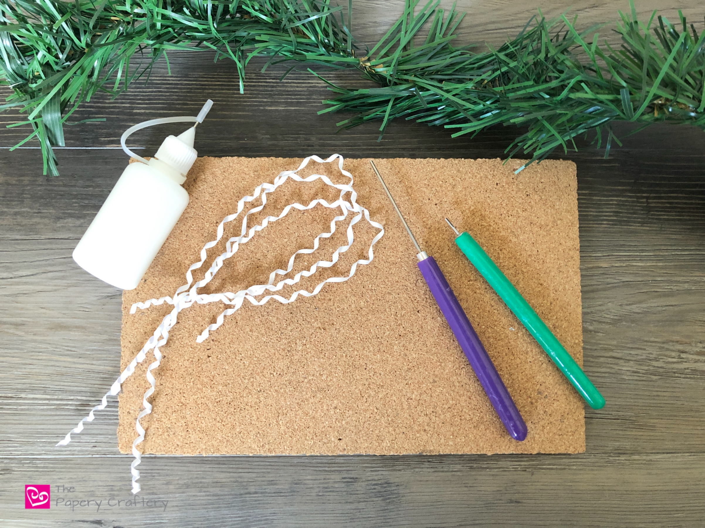 Quilling tools and Christmas garland